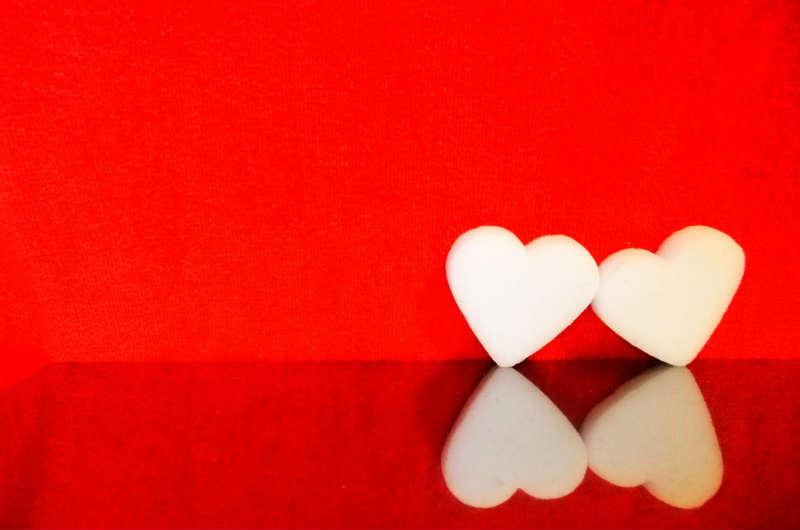 バレンタインでギモーヴを贈られた意味は何?マカロン、飴、カップケーキについても!